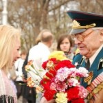 Что подарить ветерану на 9 мая?