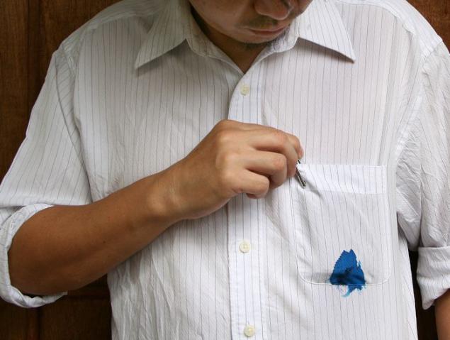 пятно от шариковой ручки