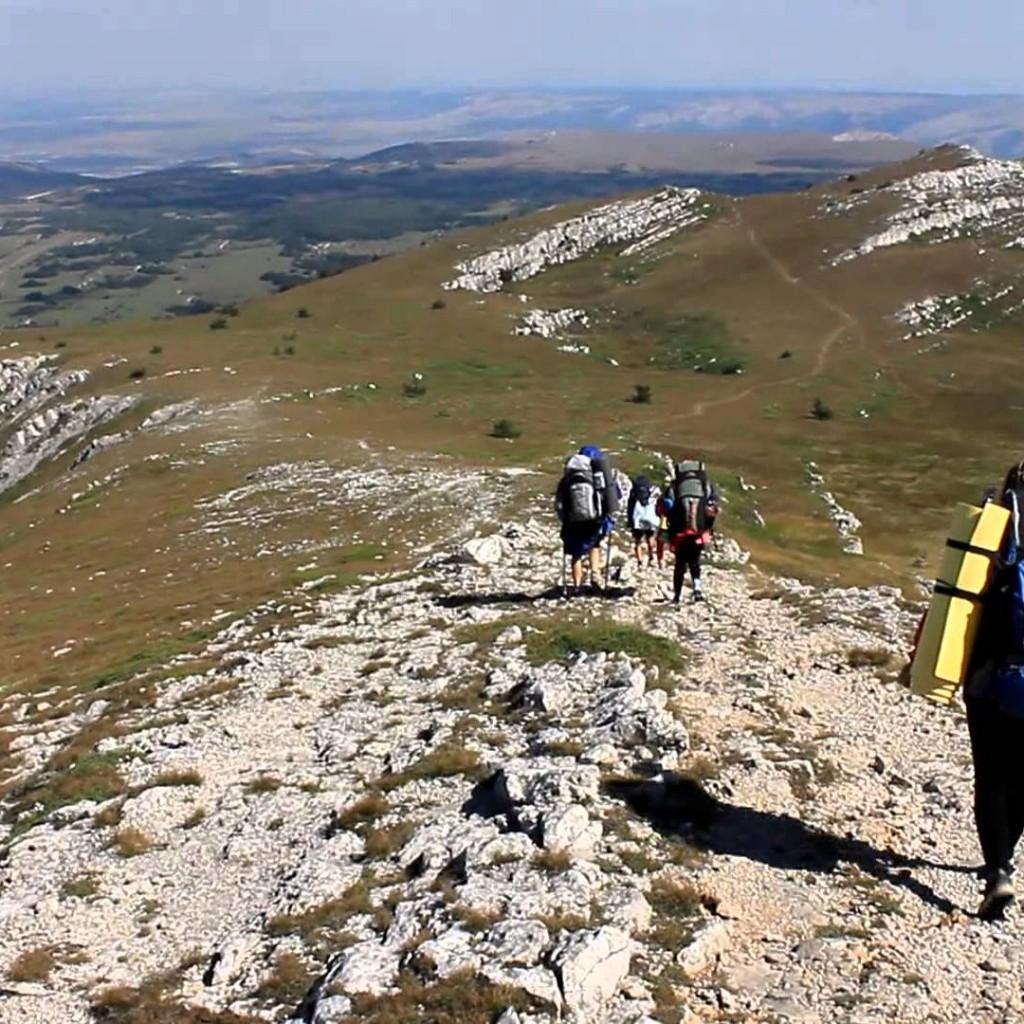 поход в горы летом