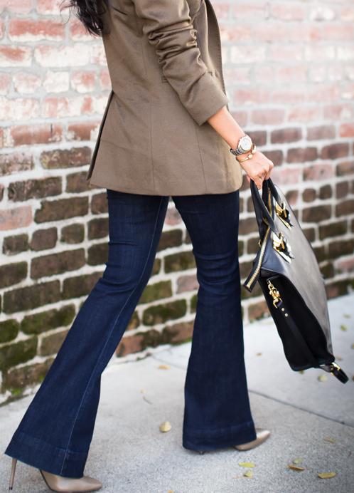 джинсы-клеш синие